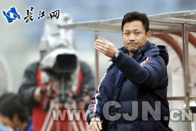 据介绍,中国战友队中包括范志毅,高峰,郝海东,徐弘