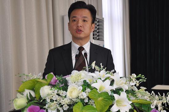 咸宁市咸嘉临港新城管委会副主任周亚澜被调查 高清图片