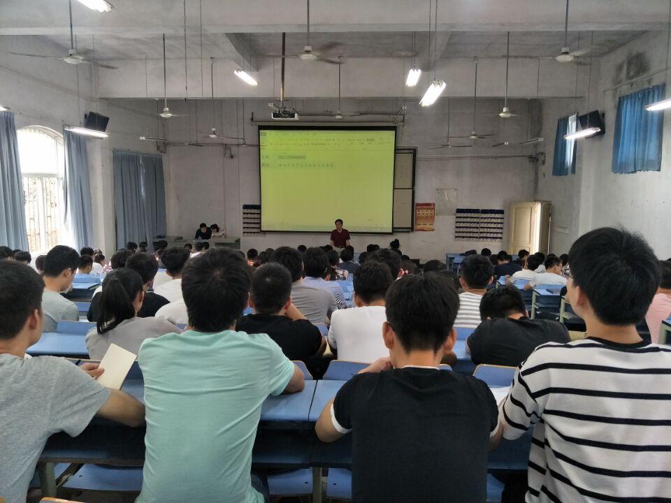 武汉一高校22场学术讲座、校友报告会迎校庆
