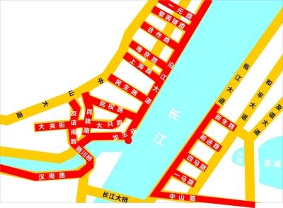 武汉元旦焰火秀绽放武昌滨江188米高楼_记者