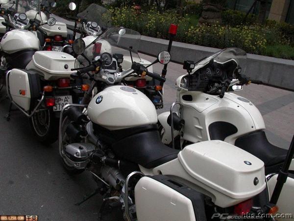 上海交通警察的宝马摩托车队_贴图_新闻中心