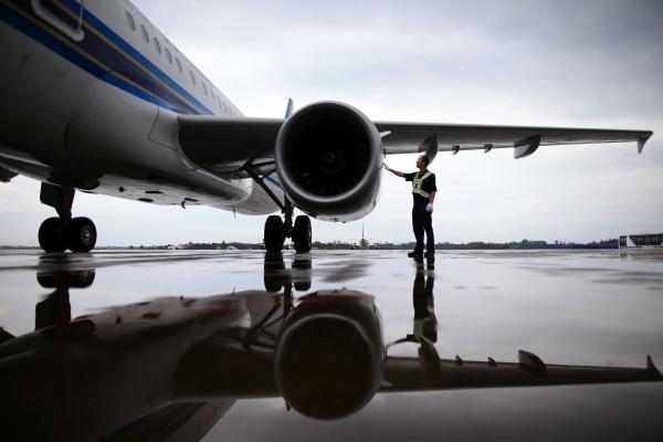 同时,恢复武汉—兰州及武汉—乌鲁木齐—库尔勒航班.