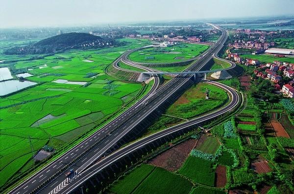湖北今年高速里程将突破7500公里 武汉正在筹划至福州 贵阳高铁