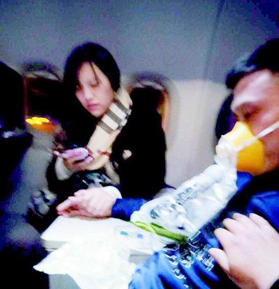 武汉女医生飞机上救患者朋友圈发文感动百万网友