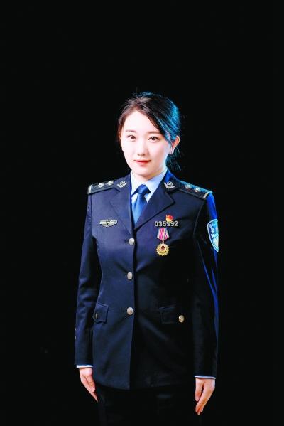 3年协助侦破大案要案30余起 女法医韩煦: