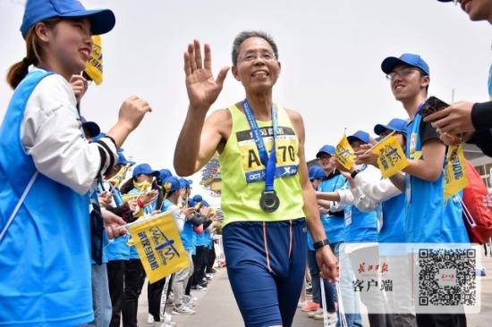 汉马大学生记者团招募受热捧,报名人数已超1000人
