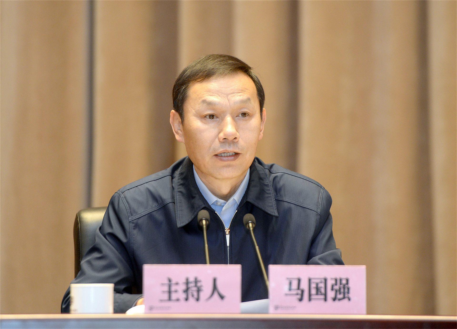 武汉市委理论学习中心组(扩大)专题研学营商环境优化