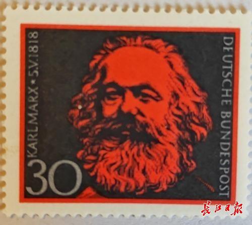 德国集邮爱好者打飞的参展,40年收藏500多枚马克思纪念邮票