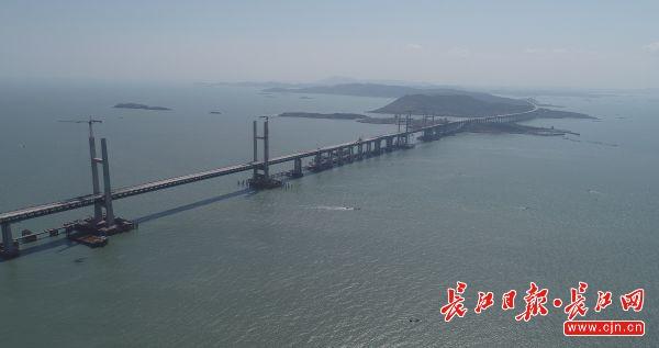"""用手机如何赚钱:世界最长跨海峡公铁两用桥合龙,武汉""""建桥国"""