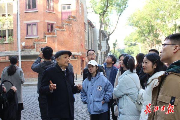 深入城市内部肌理,16所高校博士寻访汉口历史街区