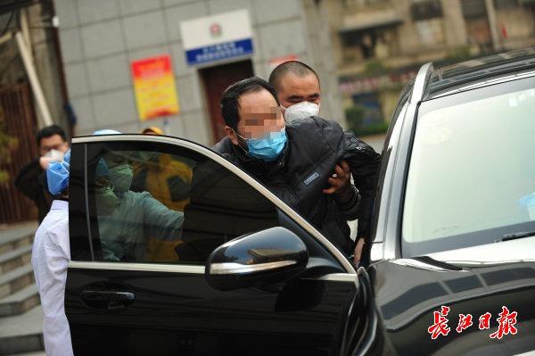 三次被下病危通知书也挺过去了,武汉肺科医院62岁患者出院后最想