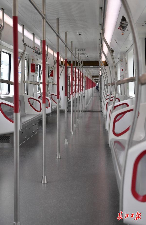 """""""武汉造""""全自动无人驾驶地铁列车来啦!不设驾驶室,还有这些""""高精尖"""""""