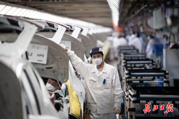 """营商环境排名全国前十 企业搏出""""武汉加速度"""""""