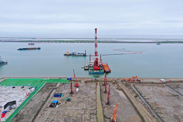 """服务""""一带一路"""",在汉央企助力通州湾吕四起步港区码头建设"""