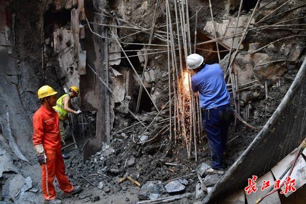 连接汉南区与主城区,设站12座,武汉地铁16号线首条地下隧道贯通