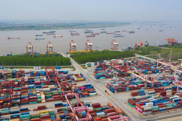 突破性增长!6月份,武汉港集装箱吞吐量创历史同期新高