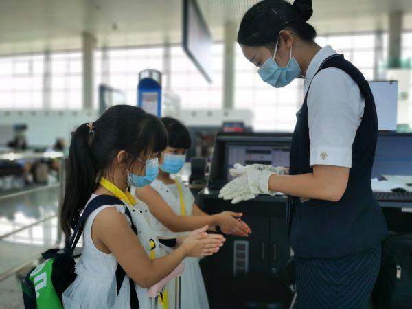 武汉暑期新增多条旅游航线,部分航班热食服务恢复