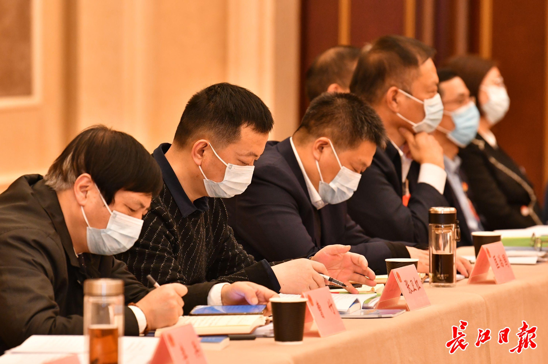 警情通报:新乡市原阳县发生一起重大刑事案件