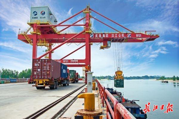 武汉港打通阳逻至仙桃的棉花水运专线