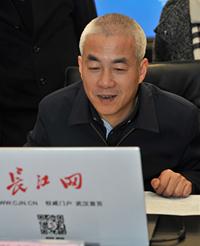 新洲区委书记 陈新垓