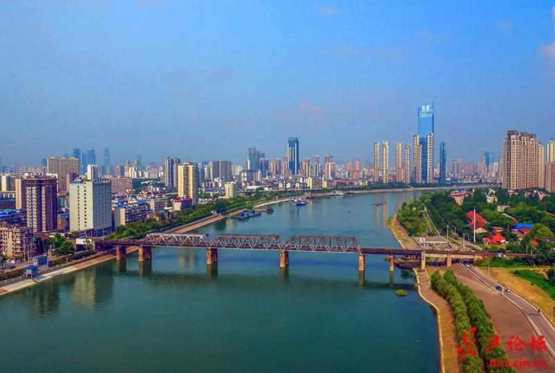 雄伟的汉江十一座桥
