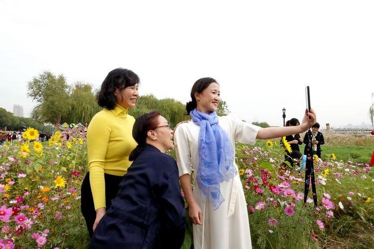 第十一届芦花节开幕