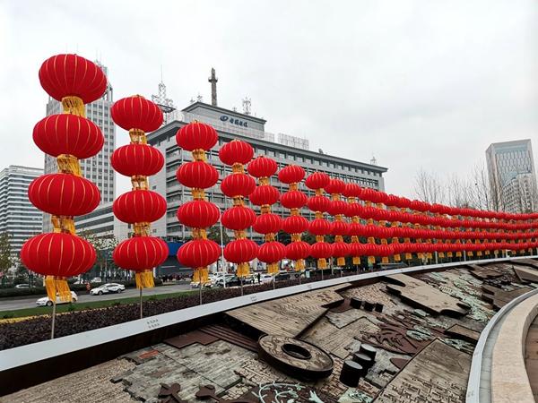 洪山广场的大红灯笼阵