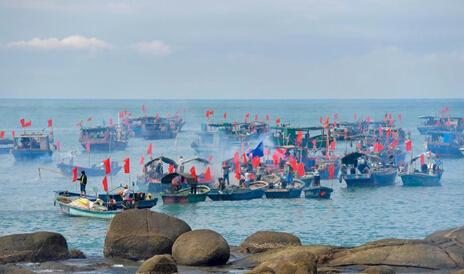 三亚举行祭海盛典